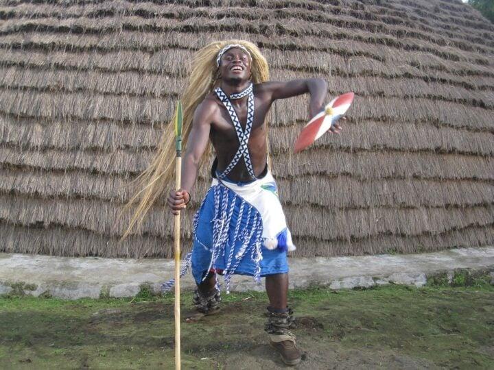 Rwanda dancer