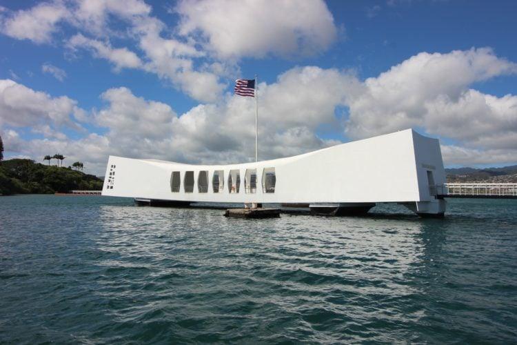 USS Arizona Memorial at Pearl Harbor (photo: drewga, Pixabay)