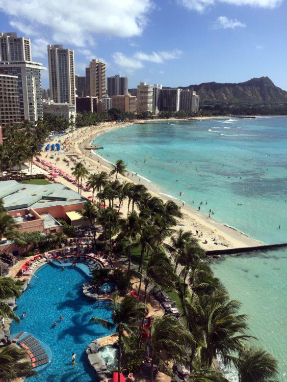 Waikiki Beach - Honolulu, Oahu (photo: yestoforever, Pixabay)