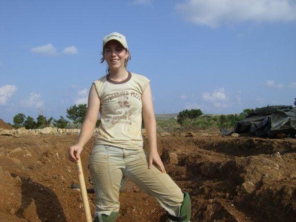 brooke digging