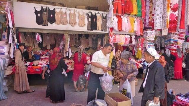 Shopping at Kashgar markets