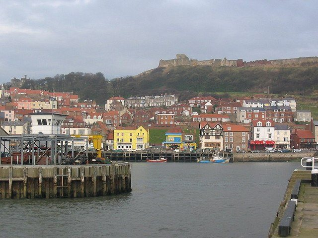 Scarborough Harbor (photo: lombardo_uk)