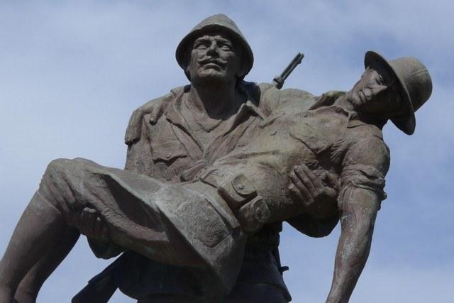 Anzac tour statues