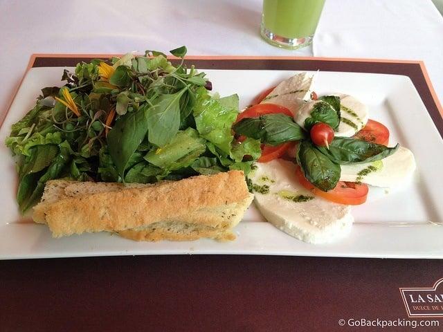 Caprese salad at La Salamandra