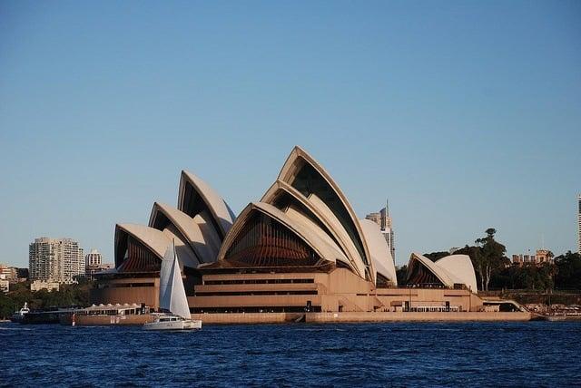 Sydney Opera House (photo by xiquinho)