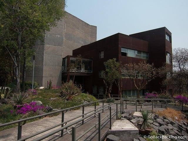 UNAM campus building