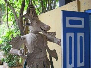 Sri Lanka sculpture (photo: 4Neus)