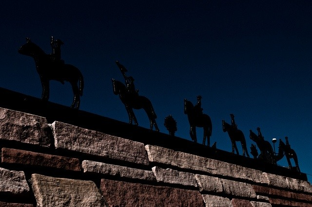 Shadow Puppets in Kingman (photo: tombothetominator)