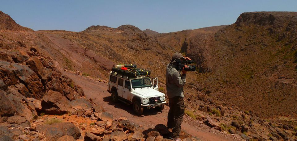 Filming a Moroccan landscape. I think the Air Mountains of Niger and Northern Chad may look like this.
