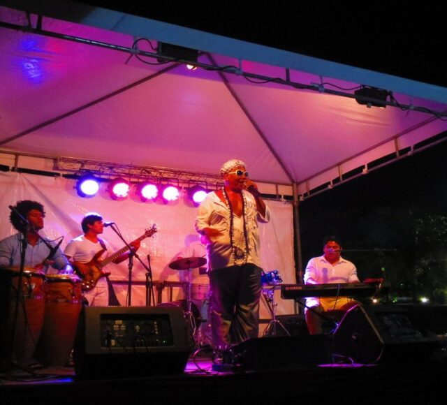 Front row seats to some good live music turned out to be the highlight of New Year's Eve in Salvador.
