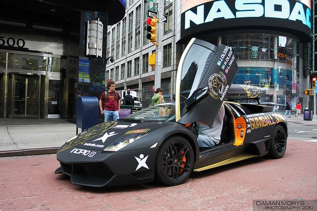 Gumball Rally in NYC (photo: Damian Morys)