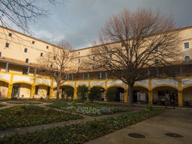 Le Jardin de la Maison de Santé a Arles