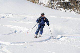 Heli-Skiing British Columbia: Deep Powder Awaits