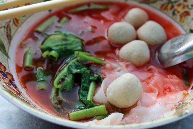 Bangkok food scene, fish ball soup
