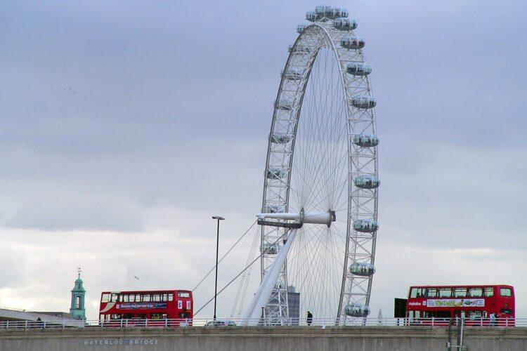 Waterloo Bridge (photo: Matthew G)