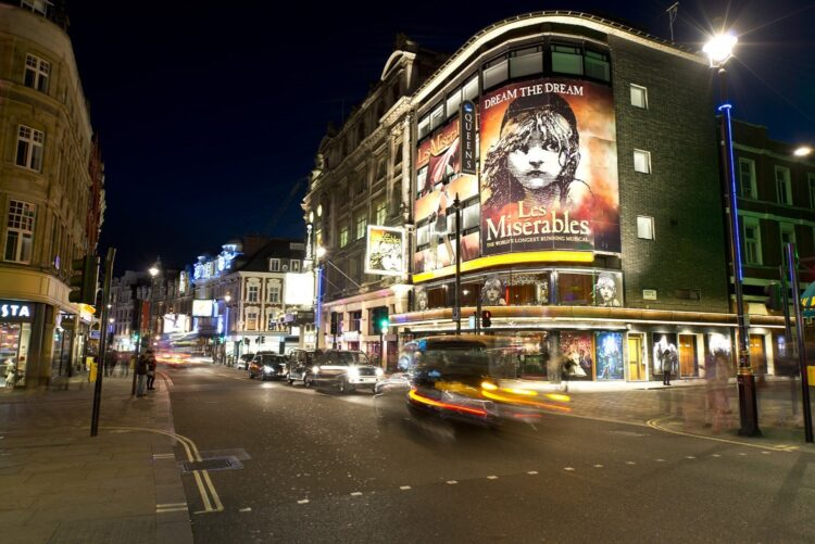 Les Mis showing within London West End  (photo: Steve Collis, Wikimedia)