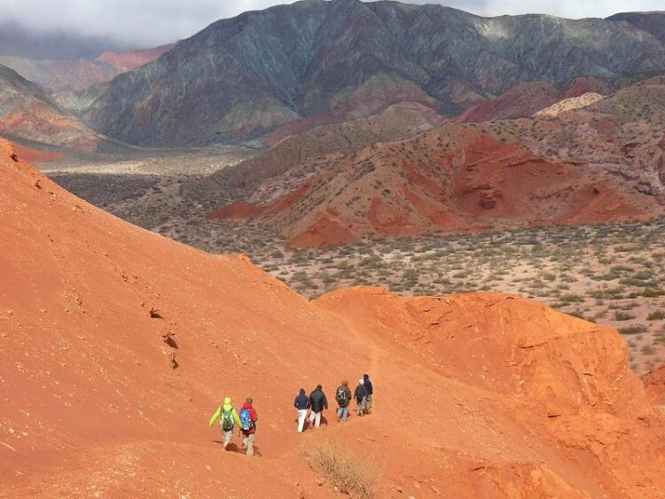 staying fit while traveling, hiking