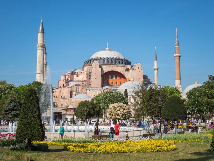 Hagia Sophia - Istanbul (photo: Dave Lee)