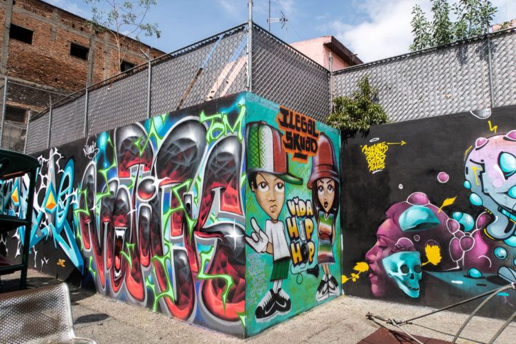 Hip hop street art