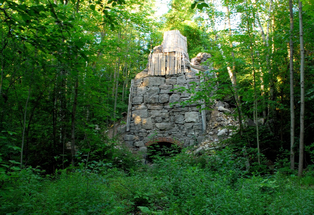 Backpacking the Bruce Trail - an old lime kiln