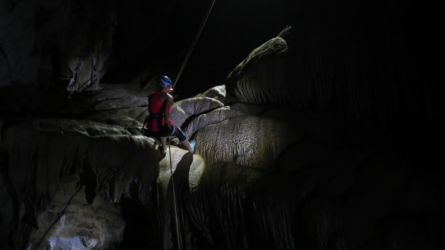 Rappelling in the dark