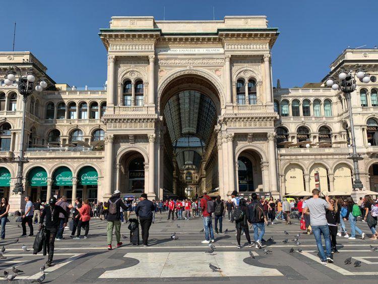 View of Galleria Vittorio Emanuele II from the Piazza del Duomo