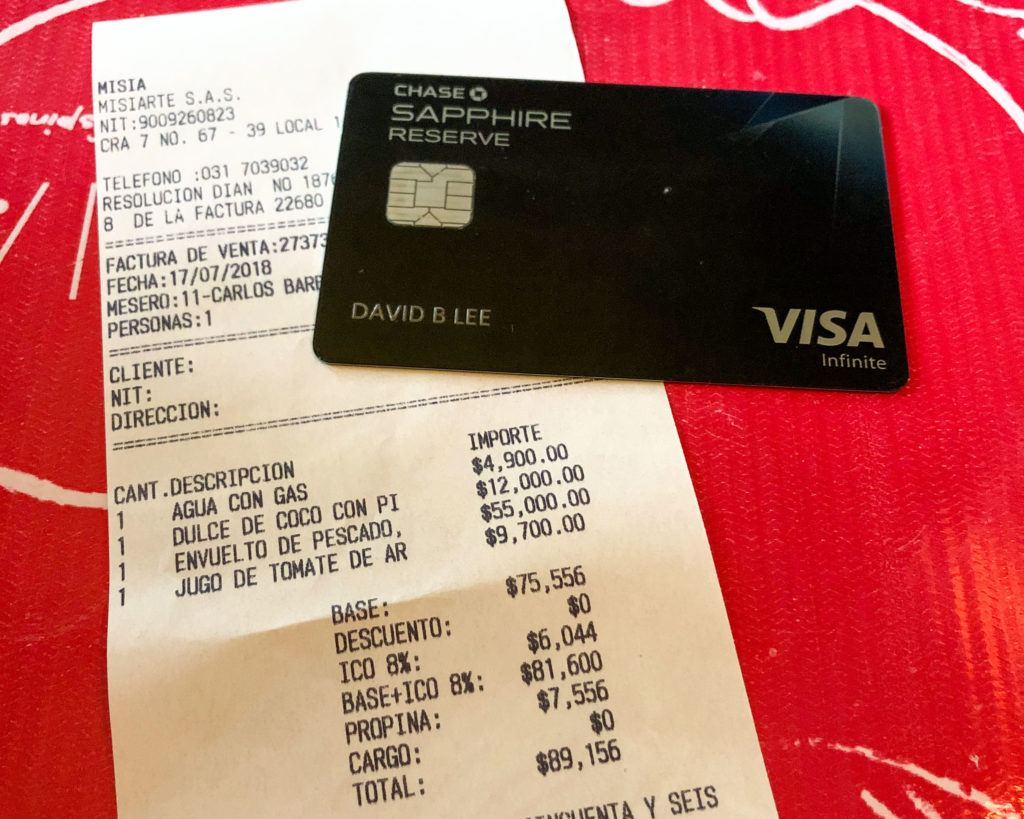 Using my Chase Sapphire Reserve card for a meal in Colombia
