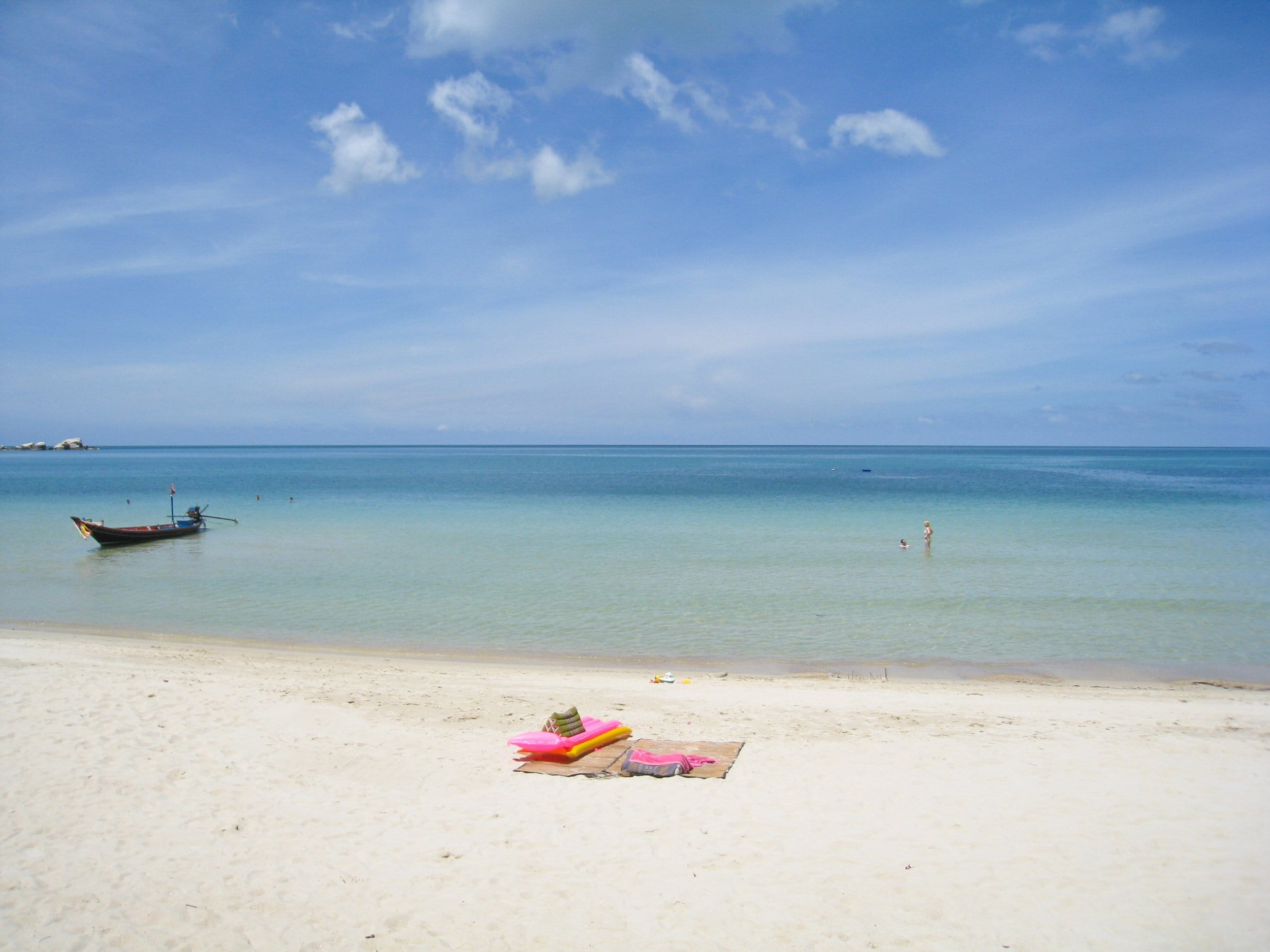A clean beach on the north side of Koh Phangan (photo: David Lee)