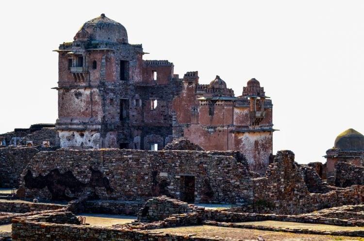 Chittorgarh in Rajasthan India (photo: digant, Pixabay)