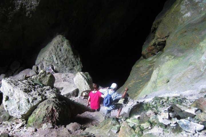 Heading into Sagada cave