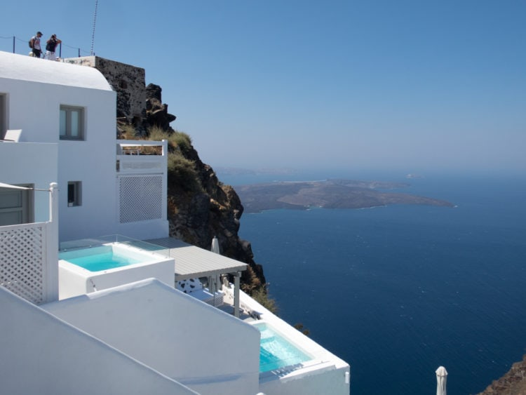 Cliffside pools in Santorini, Greece (photo: Dave Lee)