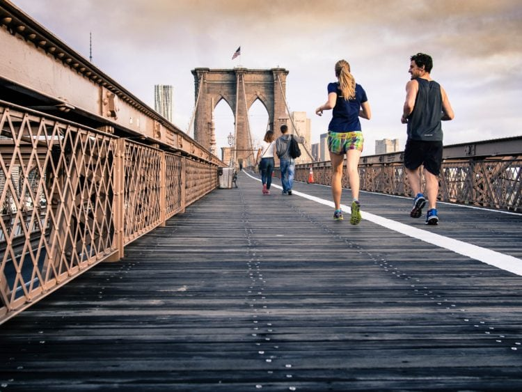 Jogging is one way to beat jet lag (photo sourced from Pixabay)