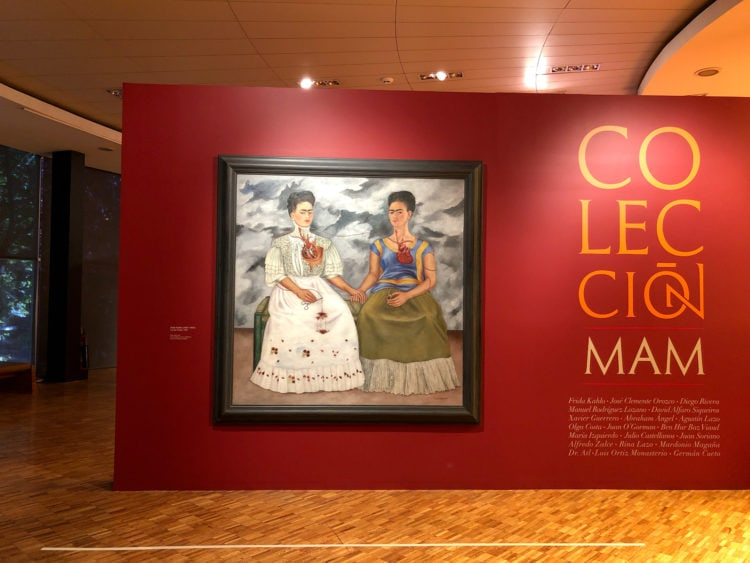 """""""Two Fridas"""" on display in Mexico City"""