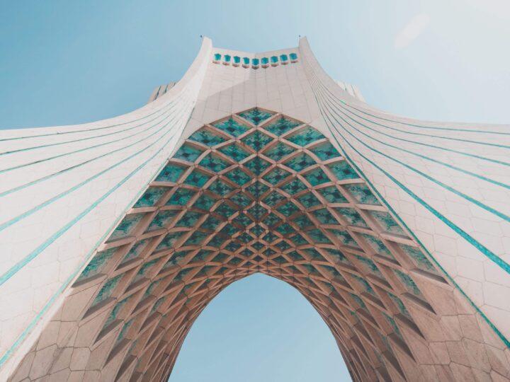 Azadi Tower (photo: Mahdiar Mahmoodi, Unsplash)
