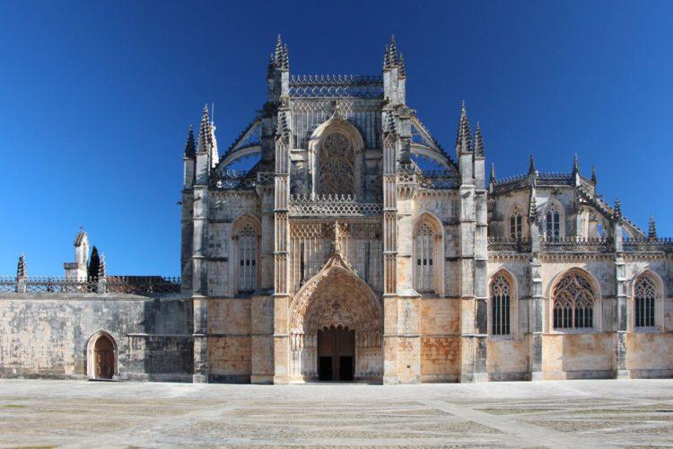 Monastery of Batalha (photo: Andrzej Stawujak, Pixabay)