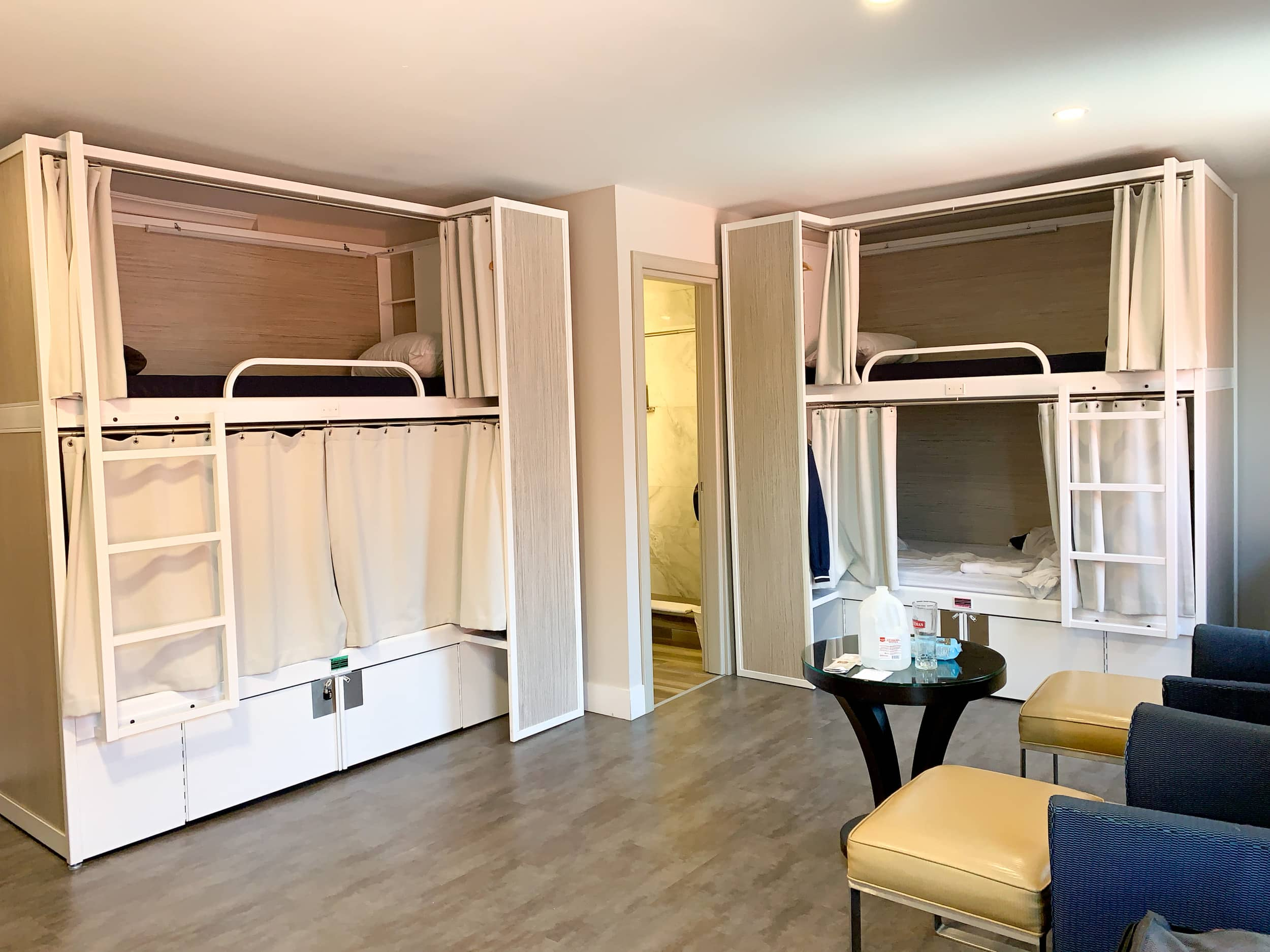 Bunk beds at Hotel M Montreal