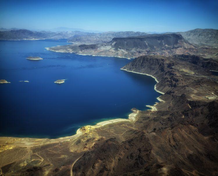 Lake Mead (photo: David Mark, Pixabay)
