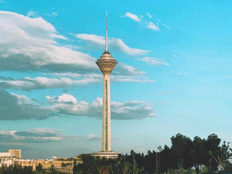 Milad Tower (photo: Siamak Mokhtari, Unsplash)