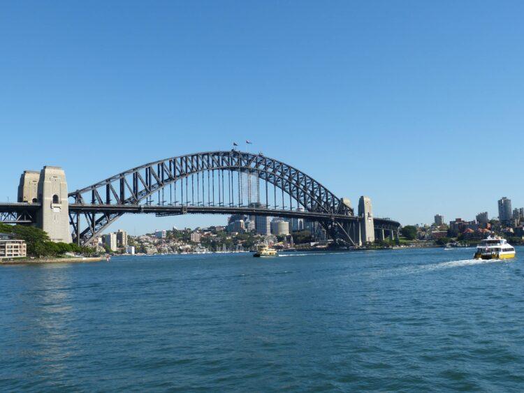 Sydney Harbour Bridge (photo: falco, Pixabay)