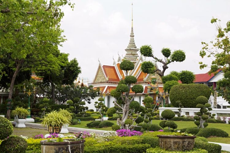 Wat Arun (photo: Julian Hacker, Pixabay)