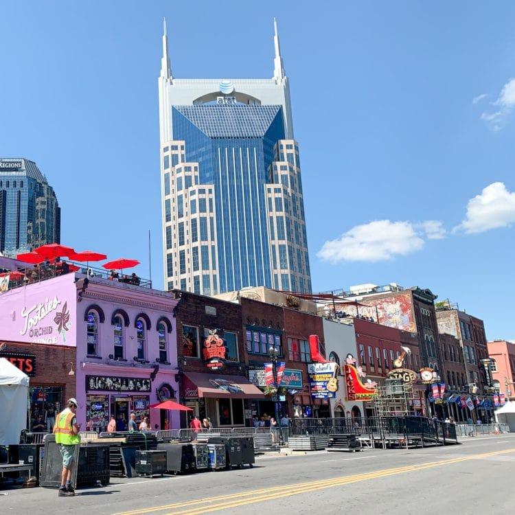Honky-tonks in Nashville