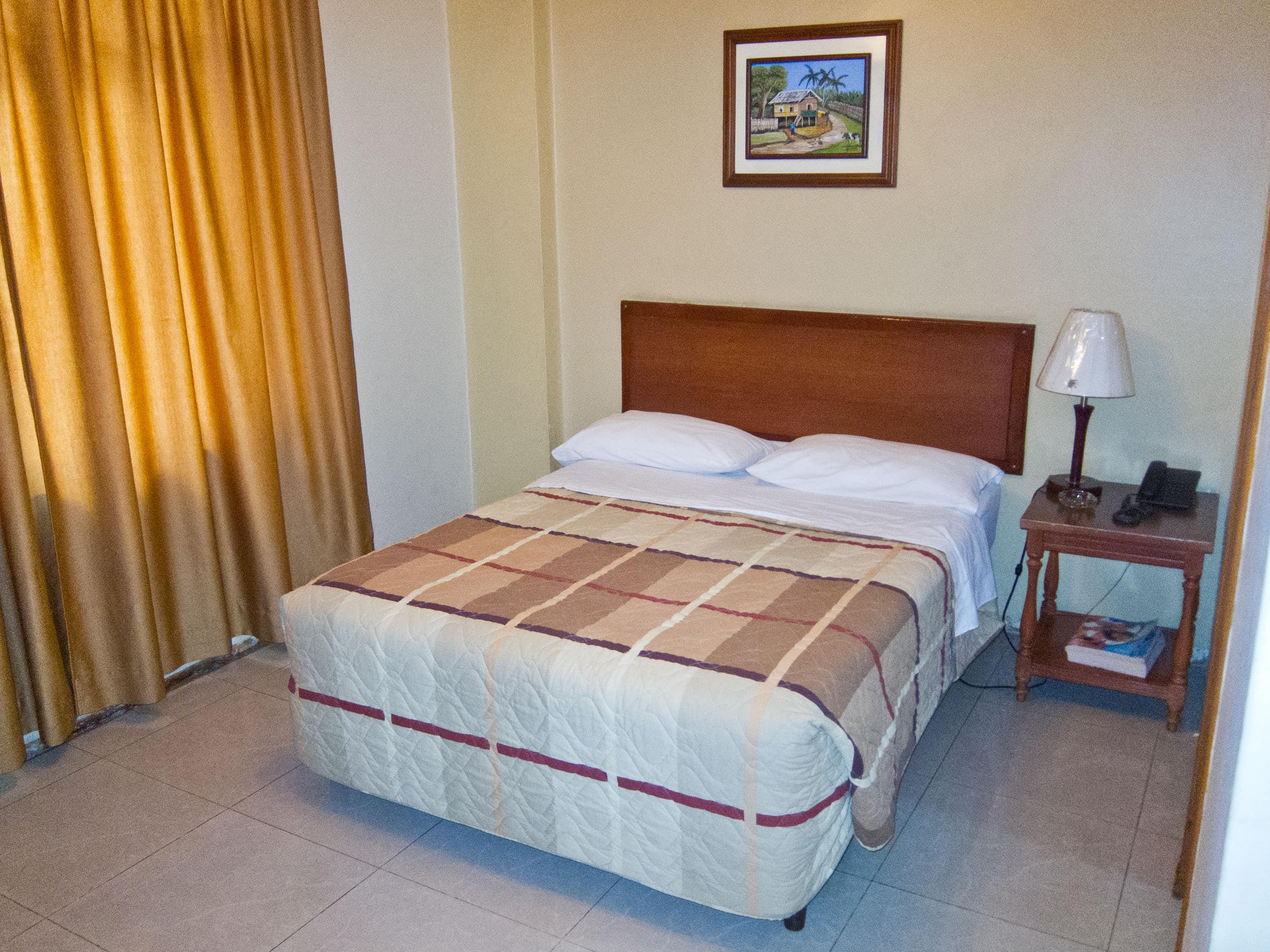 Private room at Hotel Plaza St. Rafael, the editor's pick in our Guayaquil travel guide