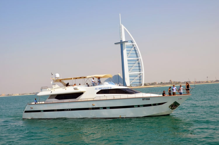 Visit Dubai and take a ride on a yacht