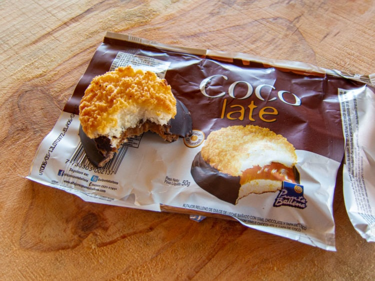 Coconut alfajor