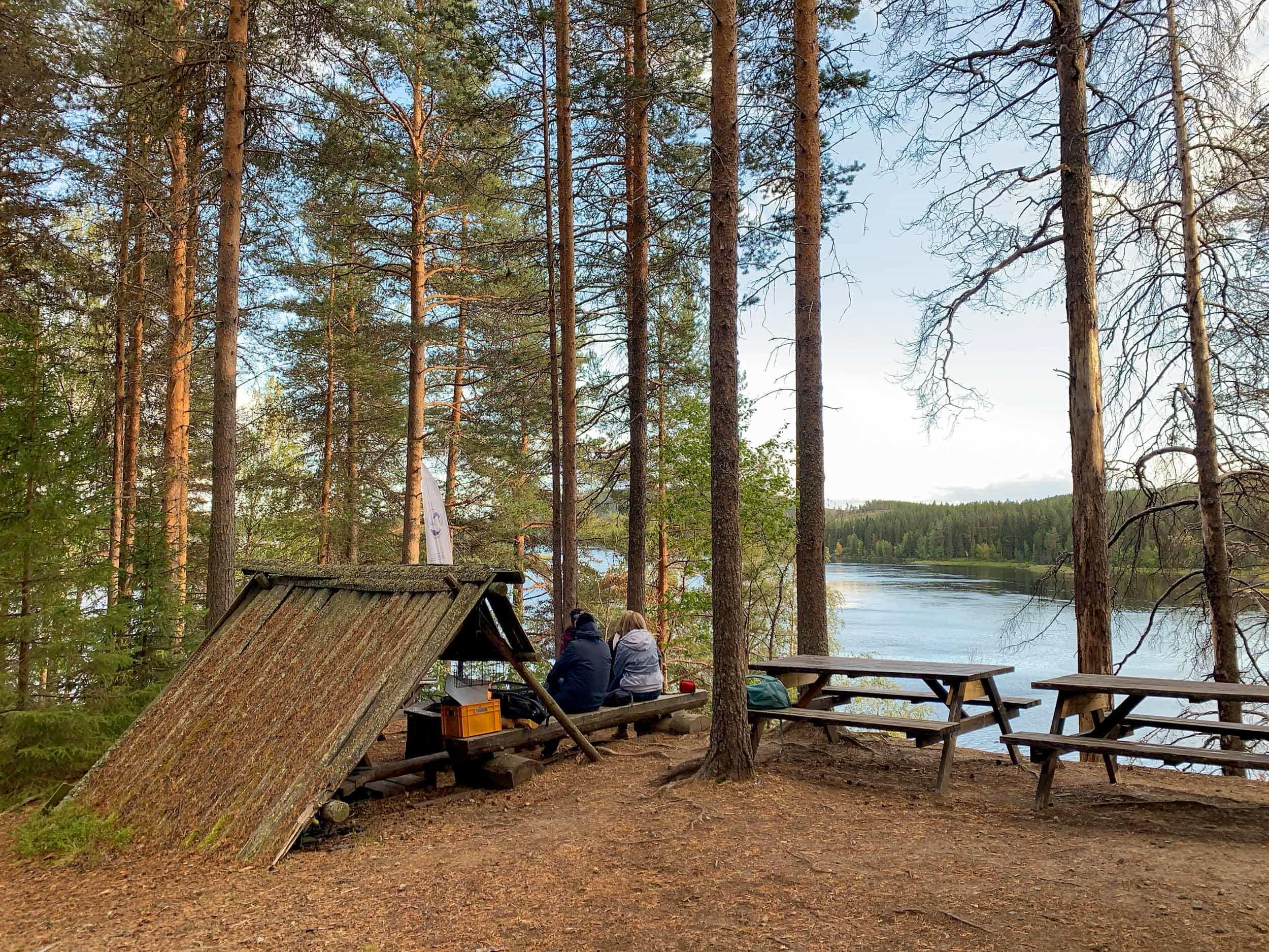 Forsknäckarna wilderness camp