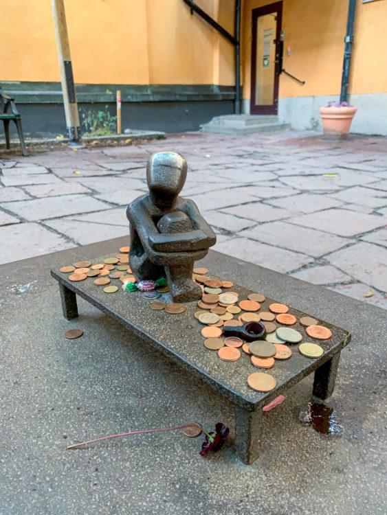 Järnpojke sculpture