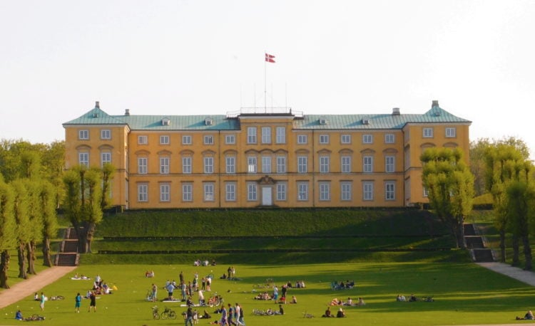 Frederiksberg Palace (photo: Daniel Stello - own work, CC BY-SA 3.0)