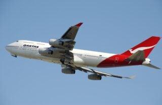 Quantas jet (photo: Pixabay)