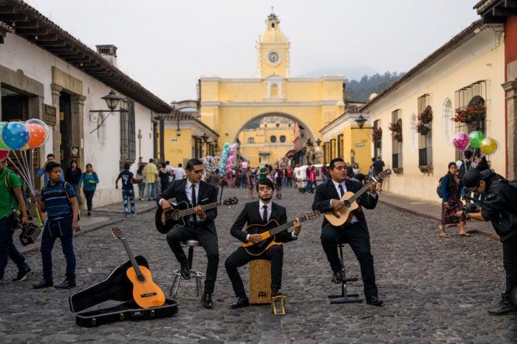 Street performers in Antigua, Guatemala