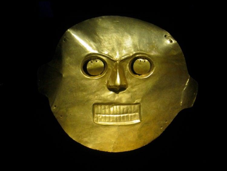 A gold mask in Bogota's Museo del Oro